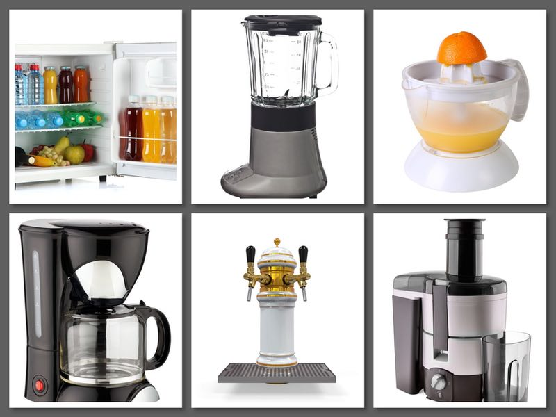 A photo showing the kitchen equipment that bartenders need to mix drinks for parties. (© 123RF photo)